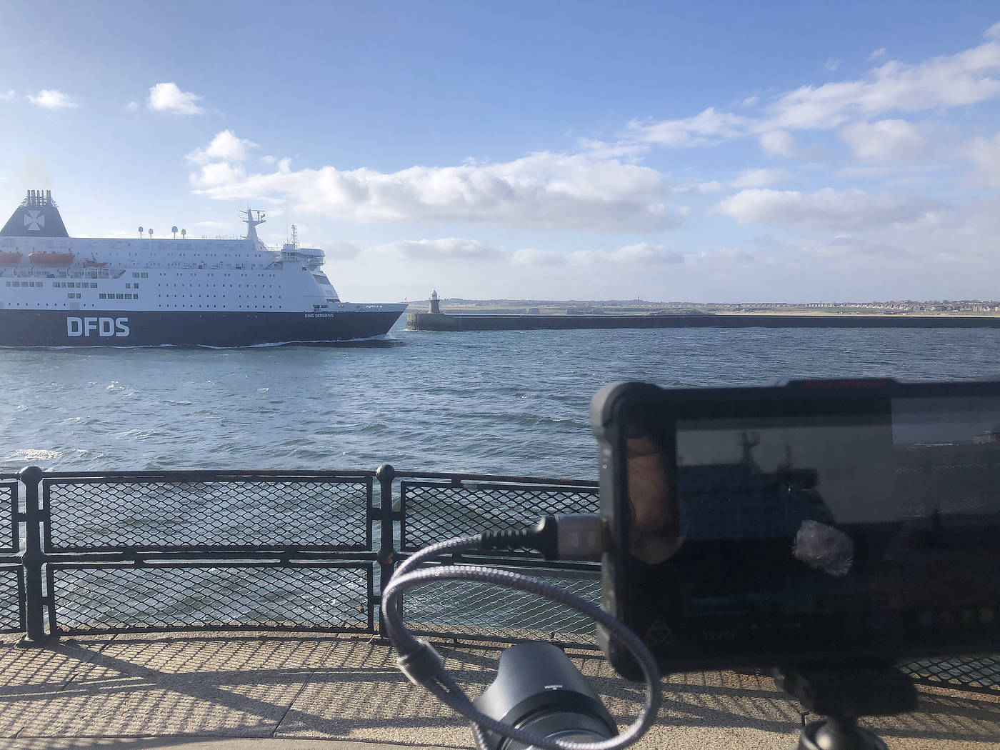Filming the DFDS Amsterdam Ferry entering the mouth of the River Tyne